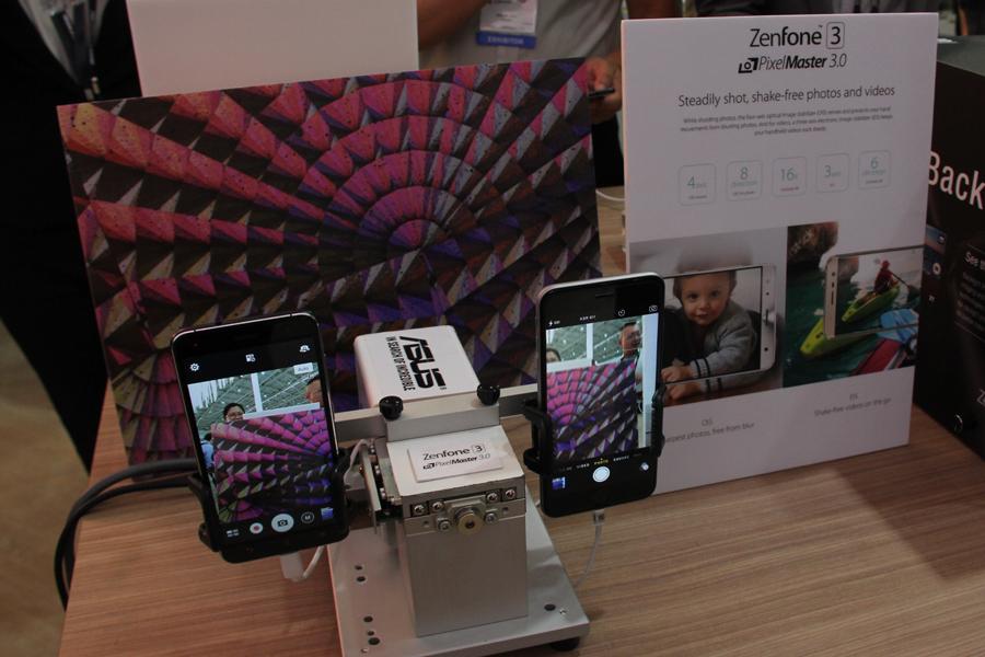 ASUSの最新スマホ「ZenFone 3」をCOMPTEX 2016の会場でチェック! ラインナップは3種類