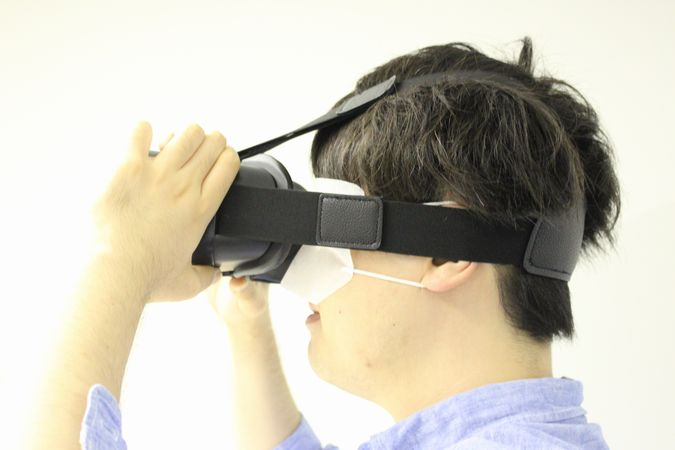 VRゴーグルといっしょに使いたいアクセサリーまとめ