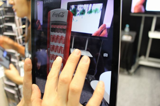 国内外から80を超える企業が出展!3D&バーチャルリアリティ展をレポート