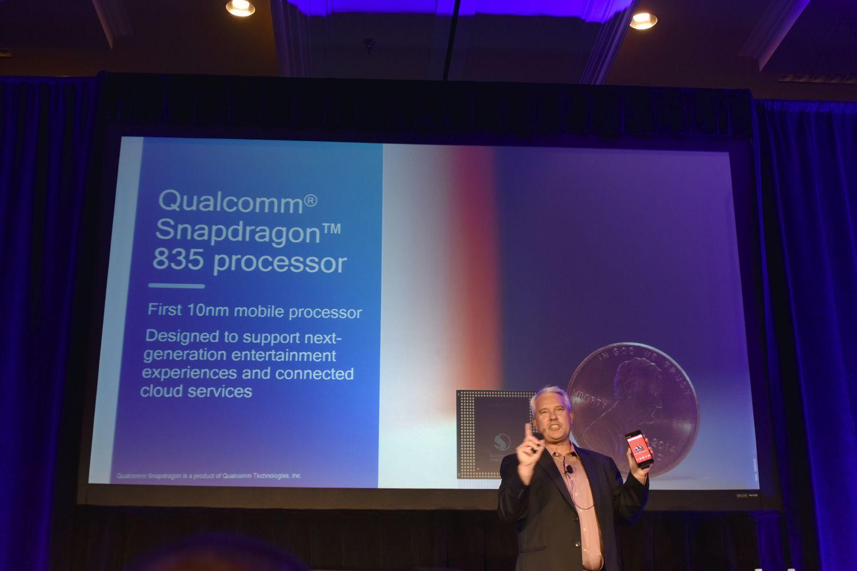 【西川善司のモバイルテックアラカルト】第32回: SnapDragon 835はハイエンドスマホ向けSoCの本命となり得るか