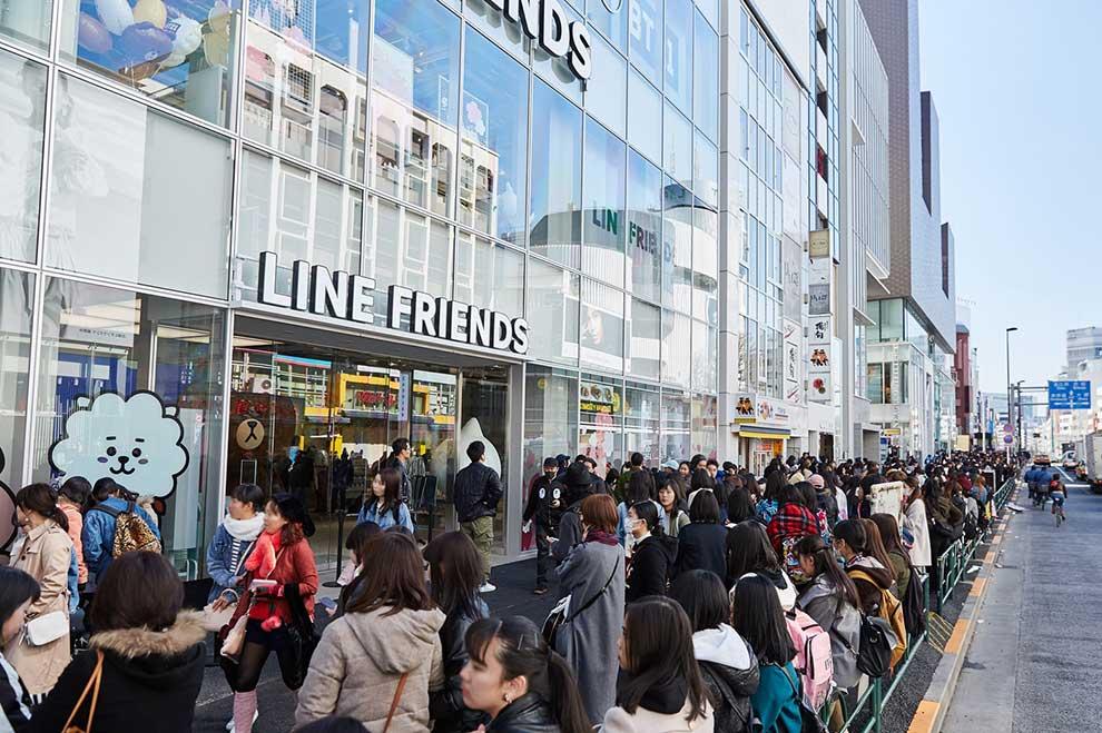 「LINE」のビデオ通話中に遊べる顔ゲーム『Face Play』が本日より提供開始!