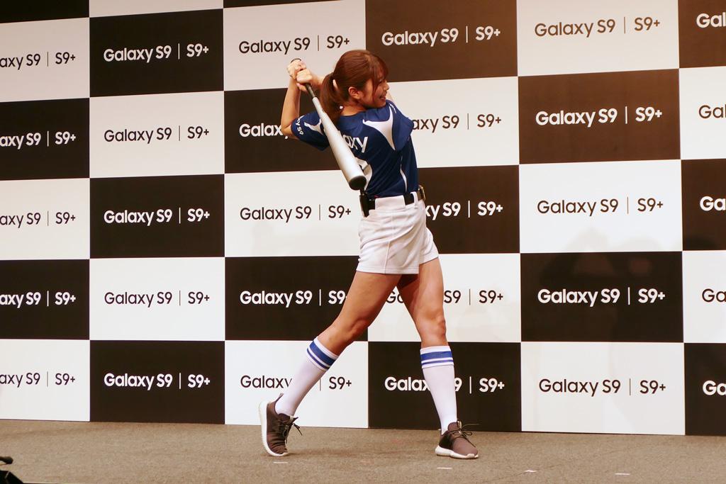 Galaxy S9/S9+なら稲村亜美の神スイングもスーパースロー撮影できる!?